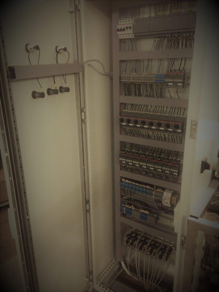 Шкаф управления станции нейтрализации